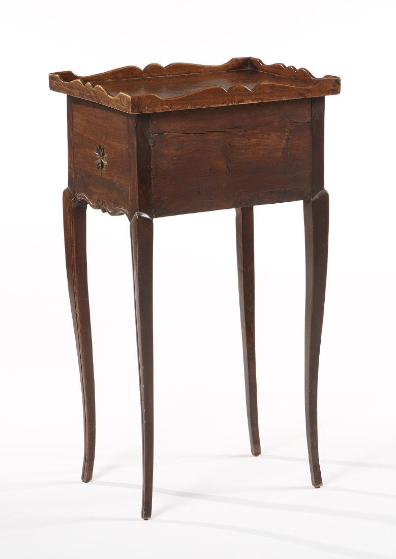 French four drawer walnut commode - 2