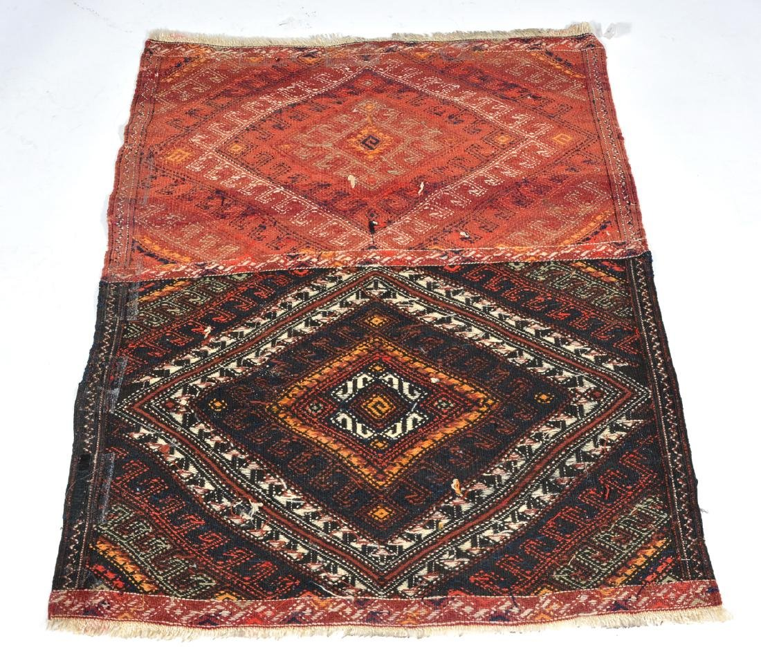 Flat weave textile rug with double diamond motif