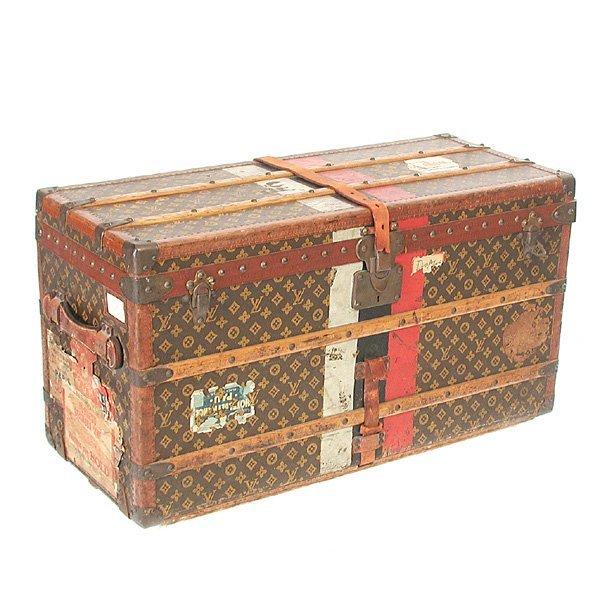 559: Louis Vuitton Trunk, 4 Tray Interior