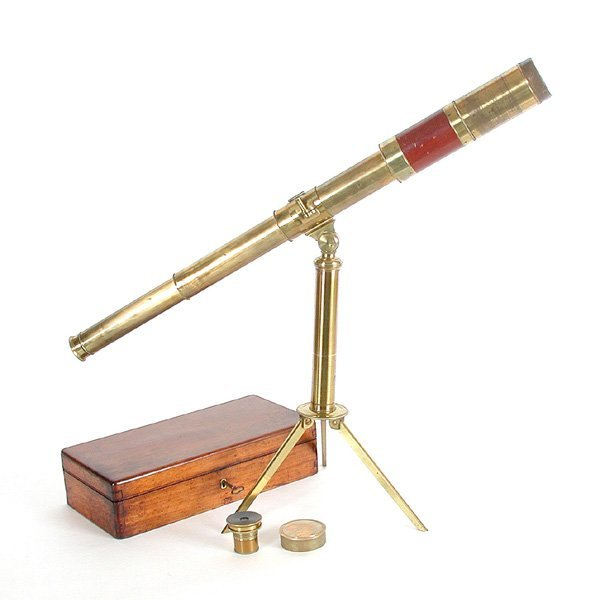11: Cased Table Tripod Telescope