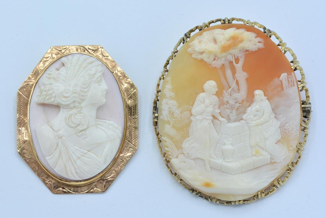 Lot: 14k Yellow gold shell cameo brooch/pendant lot (2)