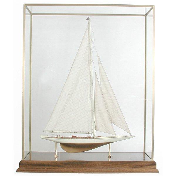 "21: Ship Model,  Americas' '' Cup Yacht ""Rainbow"""