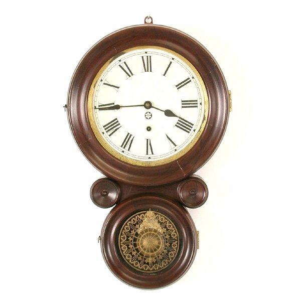 22: New Haven Figure Eight Clock