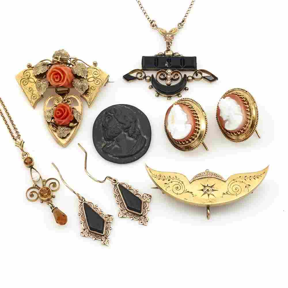 7 pieces Victorian jewelry incl 14k, coral, onyx,