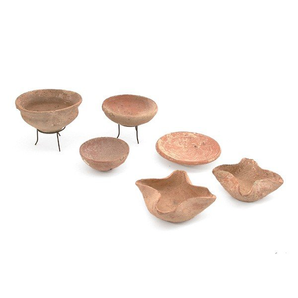 1: 6 Bronze Age and Iron Age Vessels, 2200-500 BC