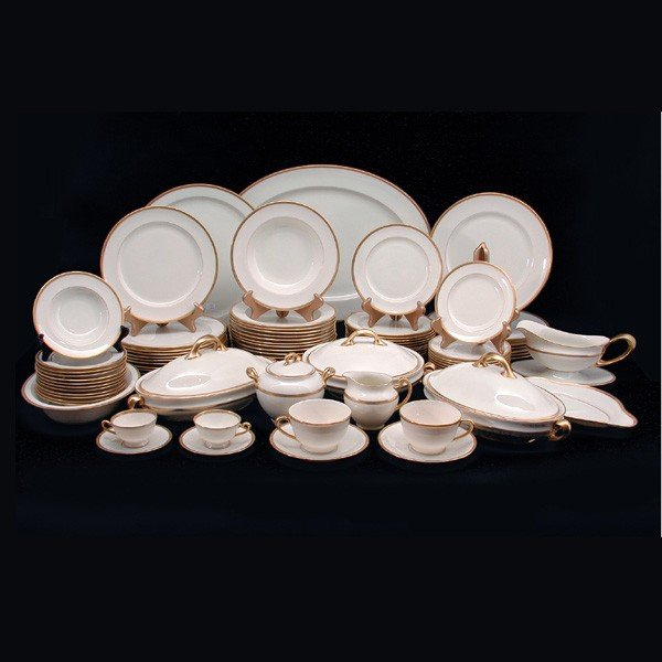 15: 75pc Lenox Dinner Service Retailed By Gumps