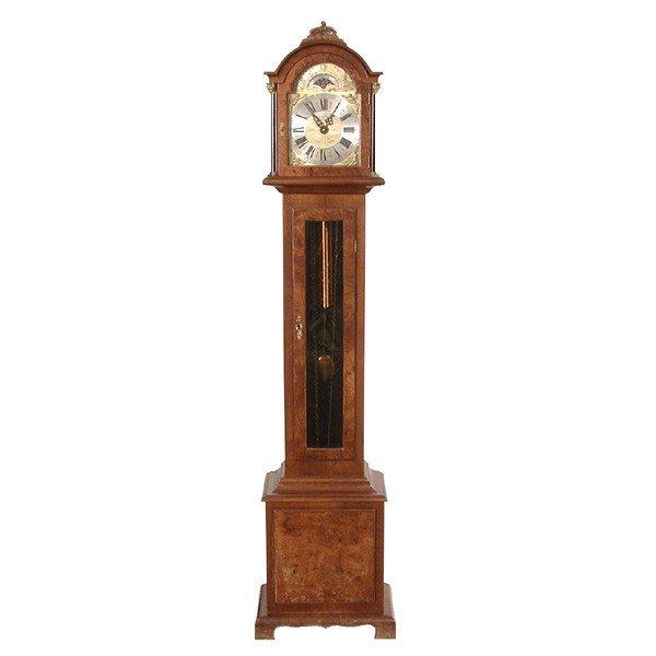 4: Warmink Grandmother Clock, Musical Chimes, Calendar
