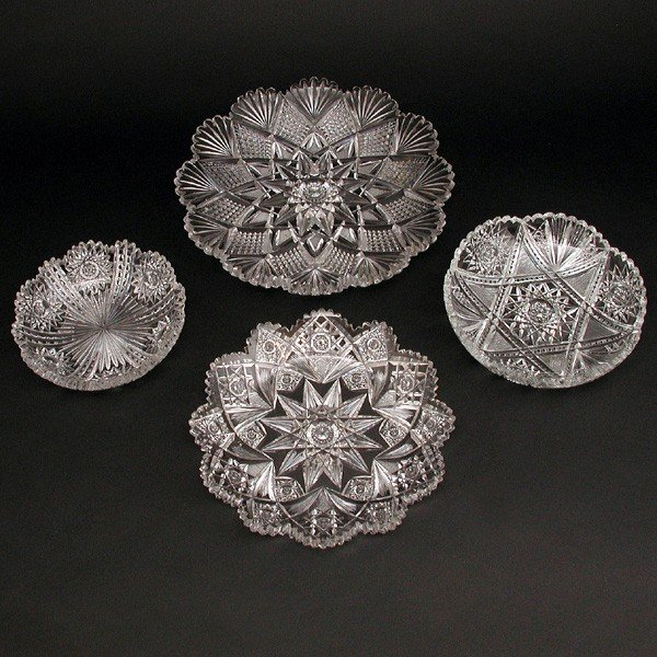 16: Lot of Cut Crystal, 4 Round Trays