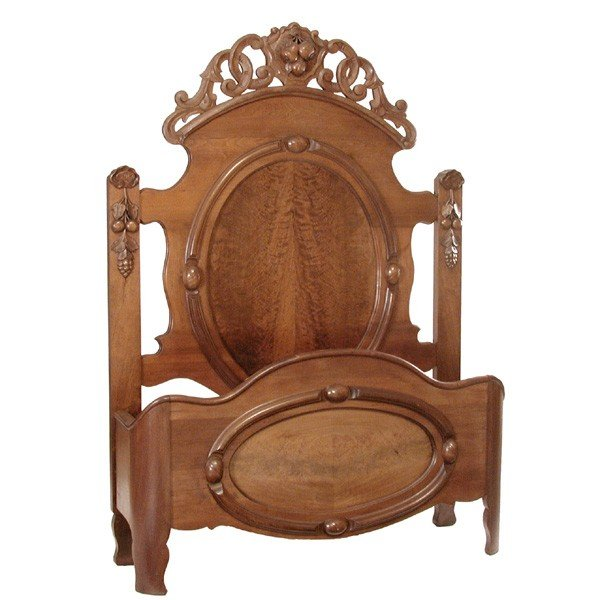 22: Victorian Walnut Double Bed, 19th c.