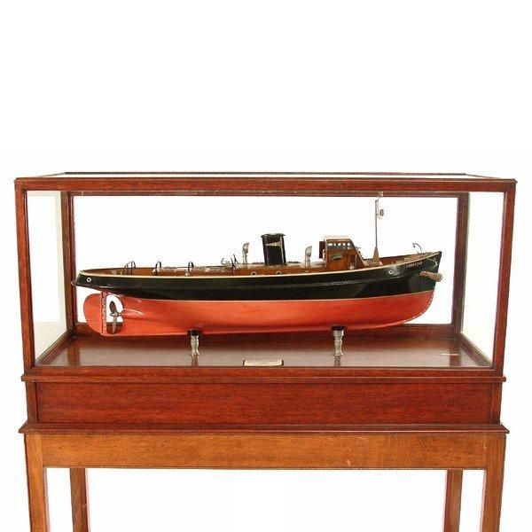 8: Builder's Tugboat Mechanical Ship Model, Lodestar