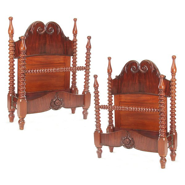 10: Pair of Mahogany 4 Poster Spool Beds