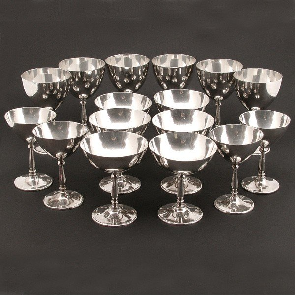143: 16 Mexican Sterling Silver Goblets