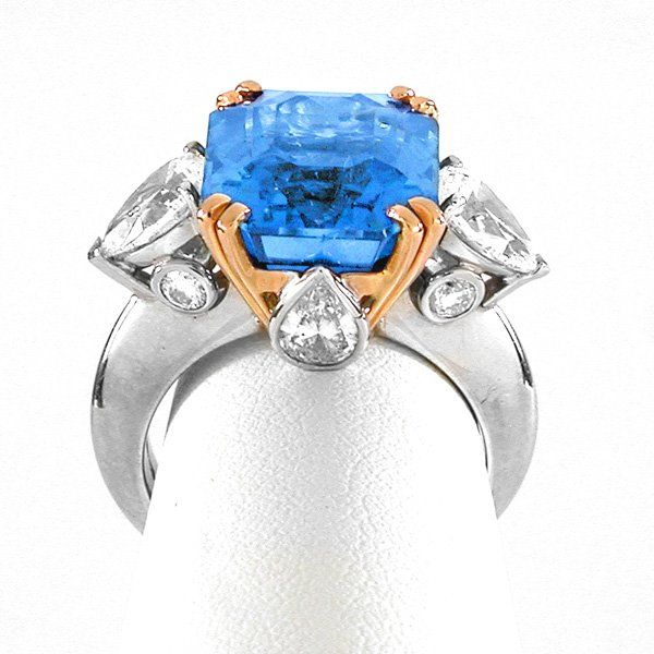 Bulgari, Plat. Gold 13.61 Ct. Ceylon Sapphire Ring