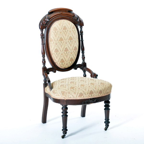 American Victorian Walnut Finger Roll Side Chair