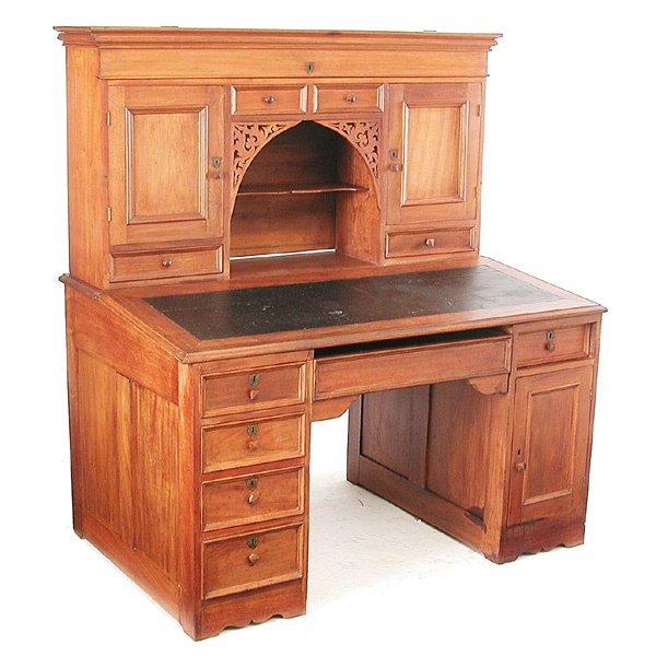 6: Mahogany Station Master Desk