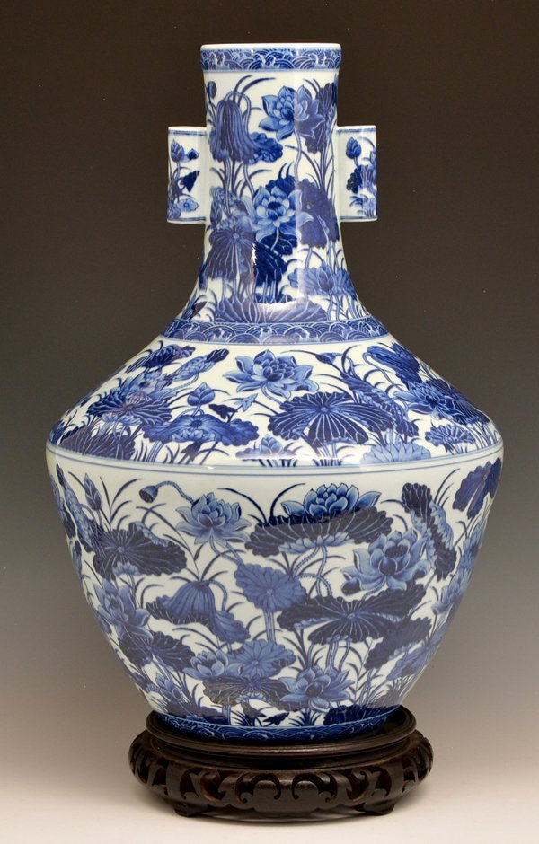 "Large Blue & White Hu Vase, Ch'ien-lung, 21.75"" tall"