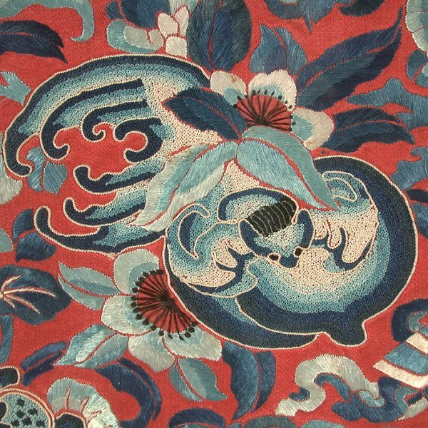 Chinese Silk Embroidered Textile with Bats, 19th c - 2