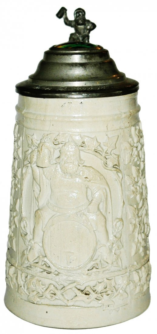 1L Stoneware Relief Gambrinus on Barrel Stein