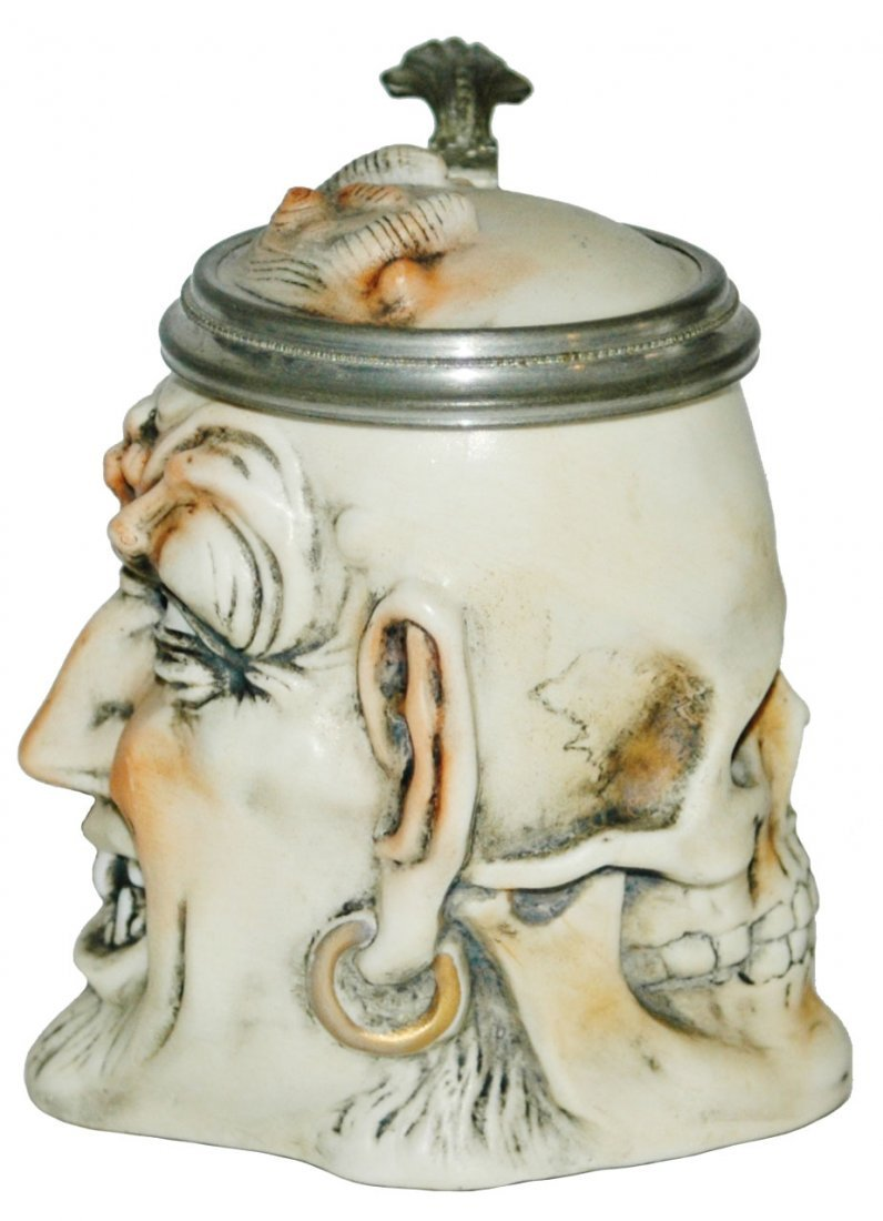 Skull & Devil Bohne Two-Sided Character Stein