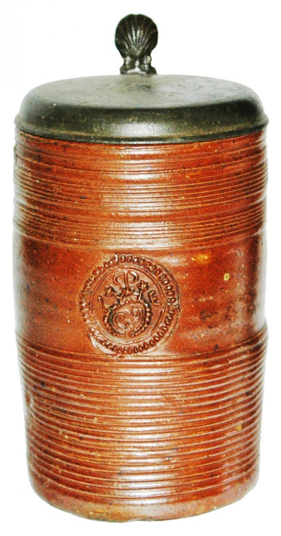 1740 Duingen Stoneware 1L Applied Medallion Stein
