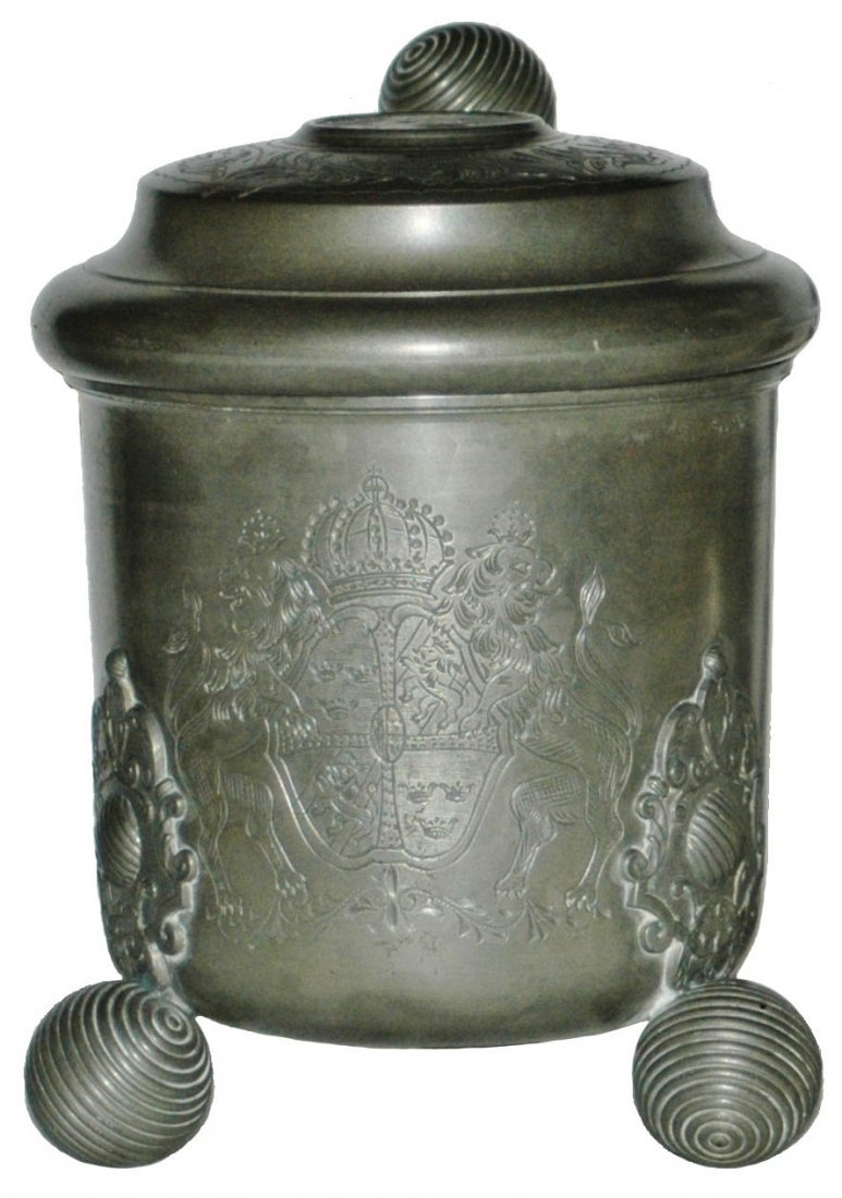 1L Scandanavian Tankard Shield & Ball Feet Stein
