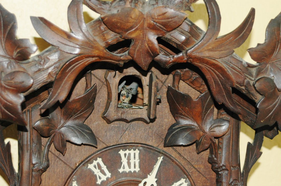 Black Forest Carved Cuckoo Clock w Bird Stag - 3