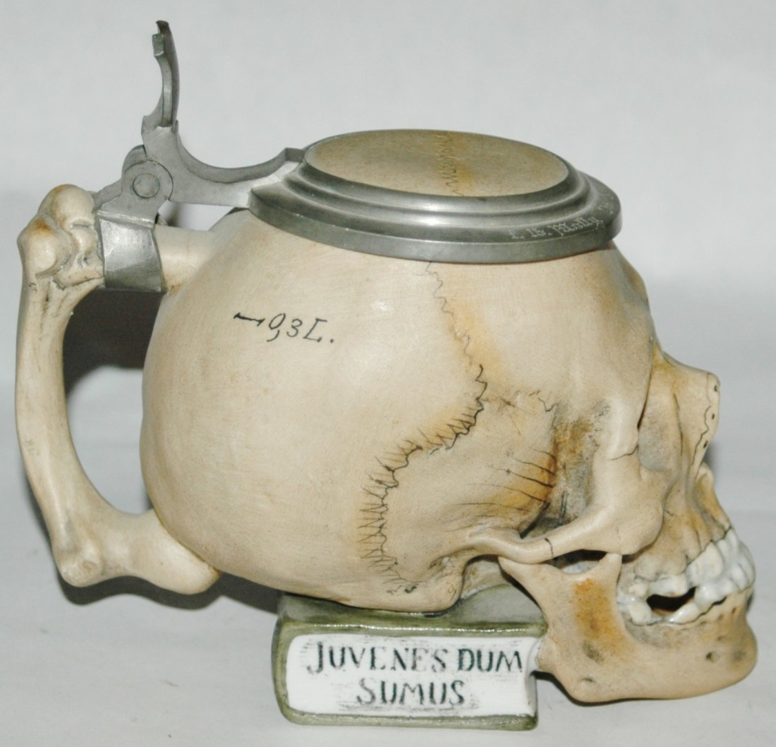 3/10L Skull on Book Bohne Porcelain Stein - 3