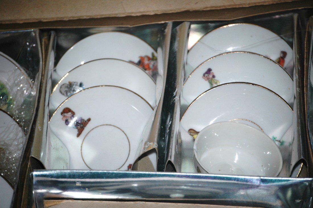 209: Fantastic Vintage Snow White China Tea Set - 6