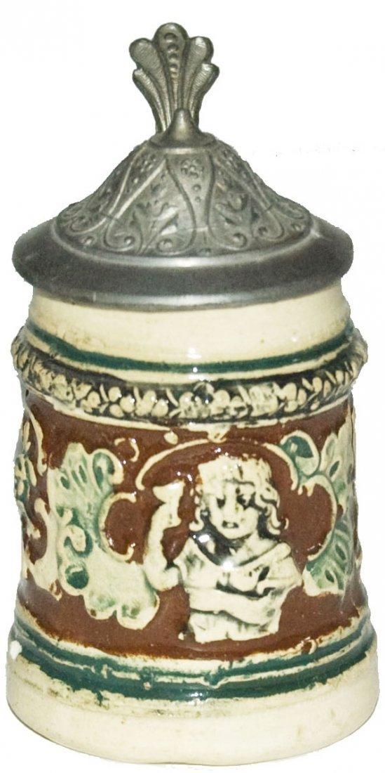 Girl Holds Goblet Dumbler & Breiden 1/16L Stein