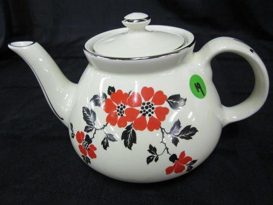 19: Hall Orange Poppy New York Tea Pot