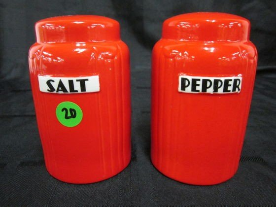 """20: Hall Red Radiance 5"""" Salt & Pepper Set"""