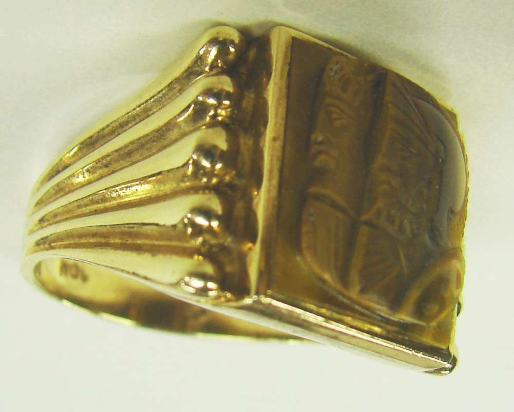 12: 10K Gold Tiger Eye Cameo Ring
