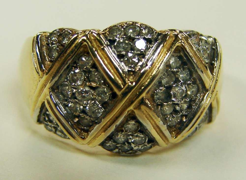 21: 14K Gold Rin Diamond Panels