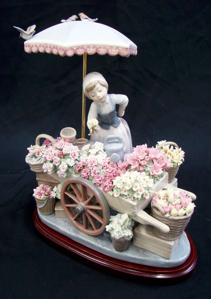 Lladro Flowers of the Season #1454 Perfect Condition