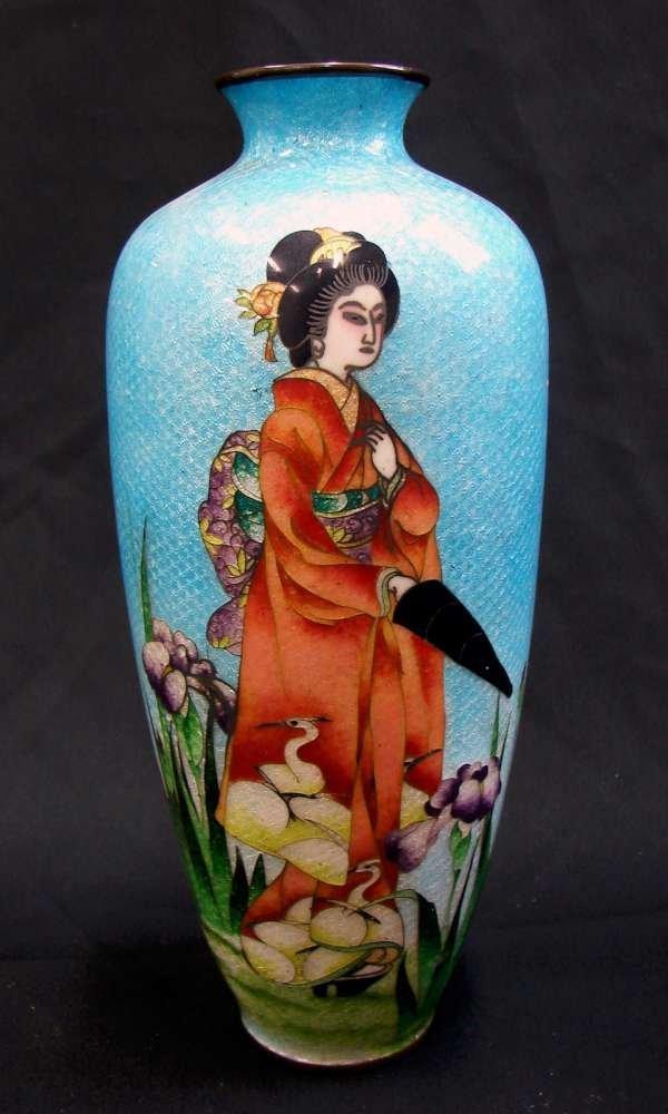 Signed Honda Yosaburo Japanese Cloisonne Geisha Vase