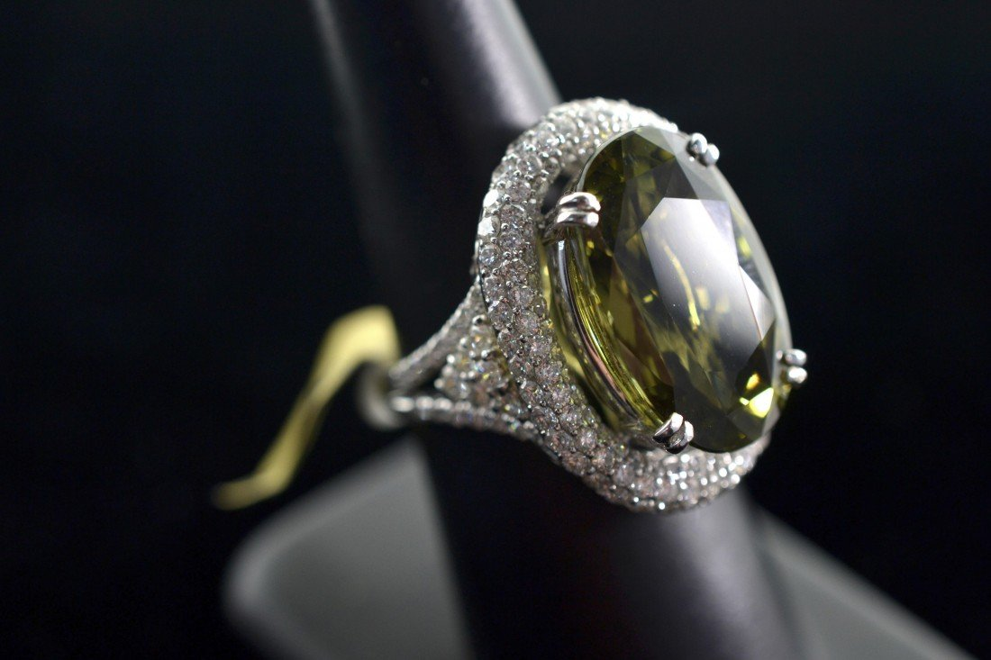 Top Quality Alexandrite and Diamond Ring
