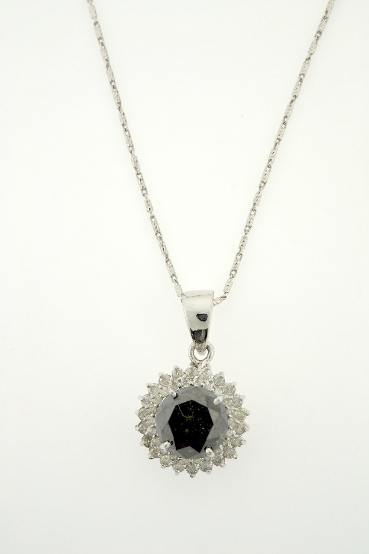 Black and White Diamond Necklace Appraised Value: $15,7
