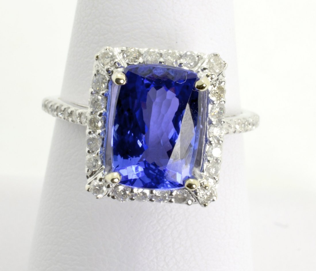 4.15cts Tanzanite & Diamond Ring Appraised Value $9,300