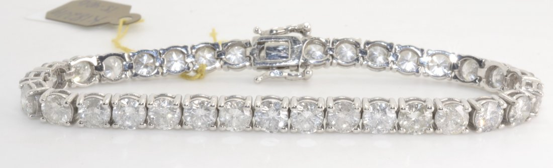 Diamond Tennis Bracelet Appraised Value: $54,00