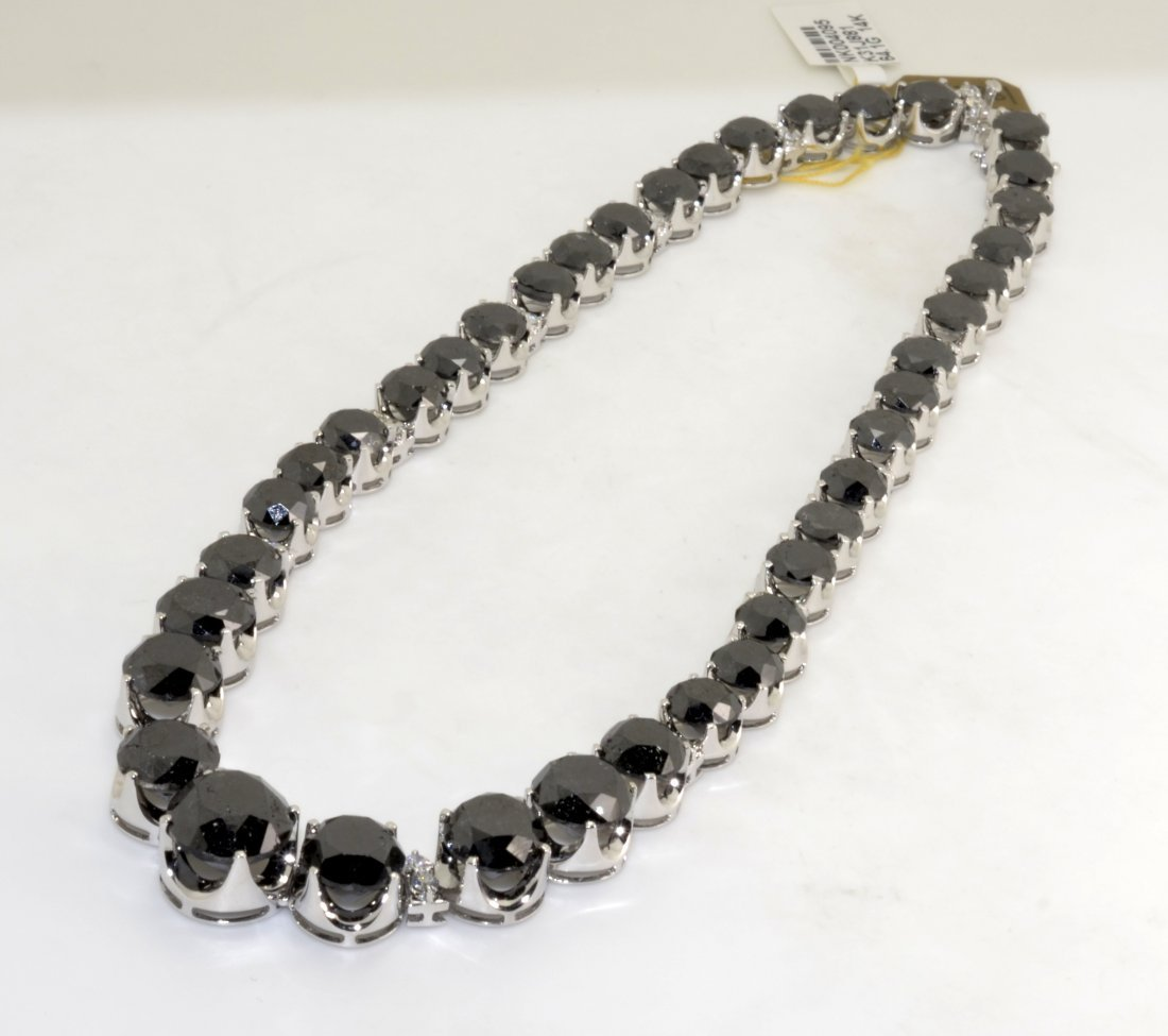 Black & White Diamond Necklace AV: $99,880