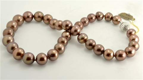 """Chocolate"" Tahitian South Sea Pearls AV: $13,100"