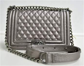 Chanel Bag (EXCELLENT CONDITION)