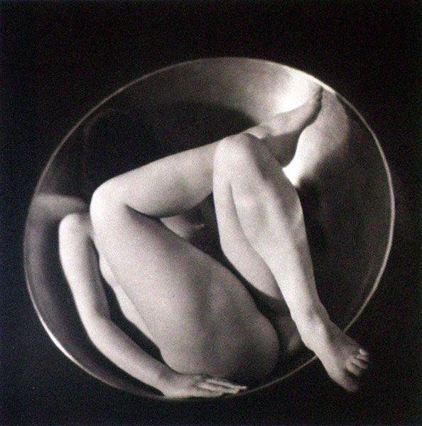 23: Ruth Bernhard, In the Circle, 1934/1993