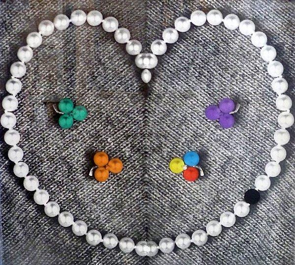183A: John Baldessari, Heart with Pearls, 1991