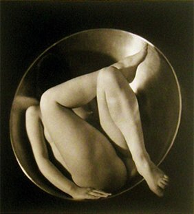 19: Ruth Bernhard: In the Cirlcle