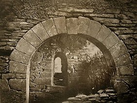 10: Unknown Photographer Stone Walls (Pl. LVIII Cill Sl