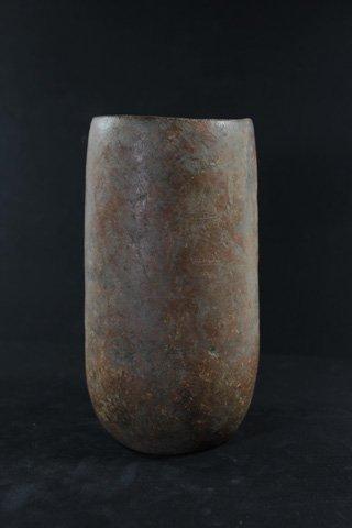 Pre-Columbian pottery vessel