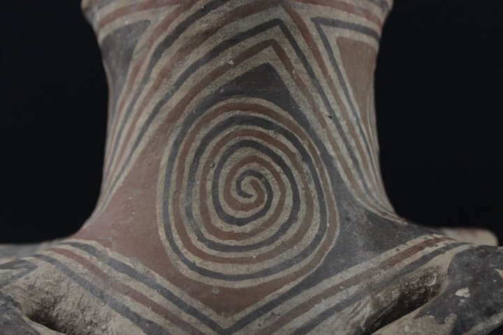 Early Casa Grande Pottery Vessel - 10