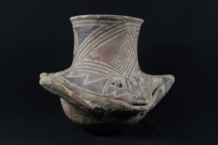 Early Casa Grande Pottery Vessel