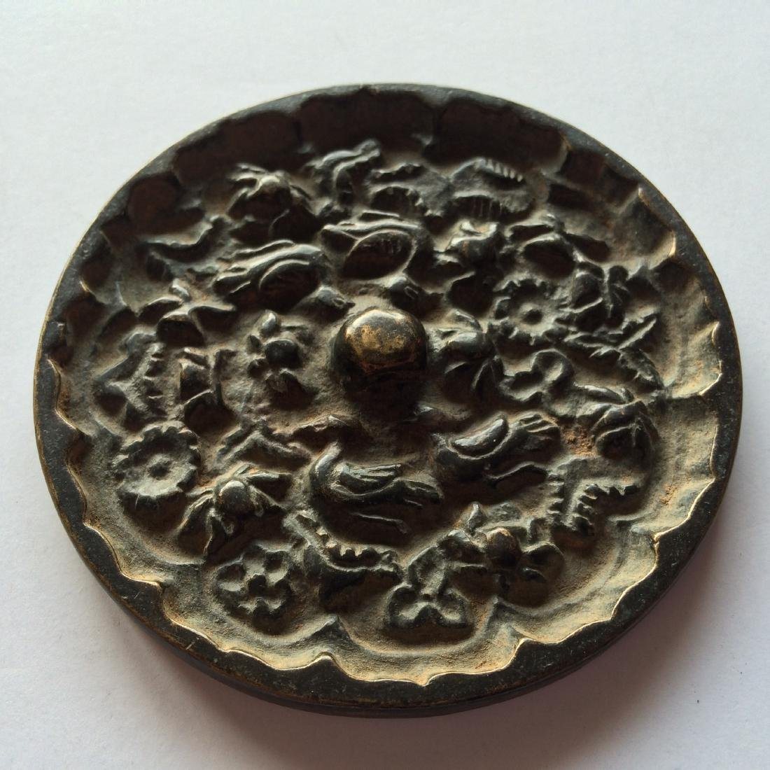 Antique Chinese Bronze Mirror Engraved with Birds - 2